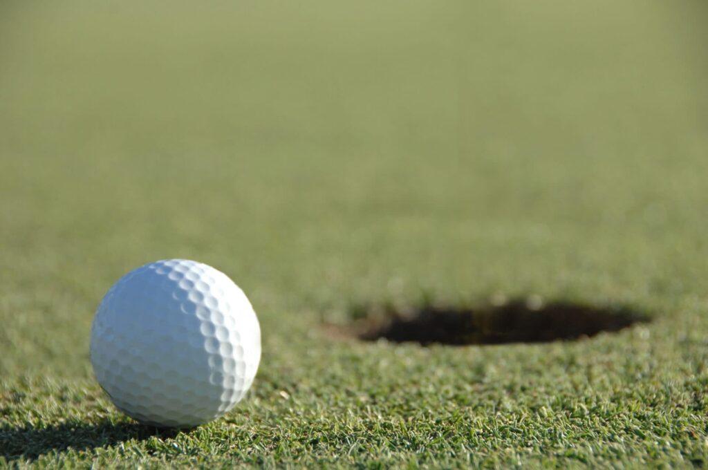 ゴルフ練習場エイティーワンゴルフ倶楽部レッスンの案内