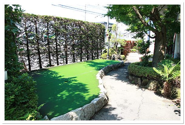 エイティーワンゴルフ倶楽部の自由に練習できるグリーン