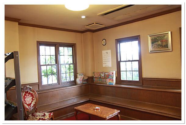 千葉県松戸市のエイティーワンゴルフ倶楽部待合室
